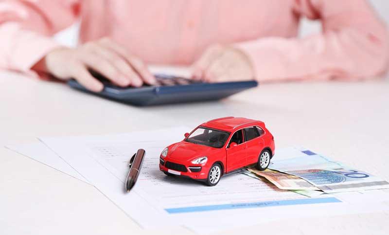 Автокредитование или лизинг