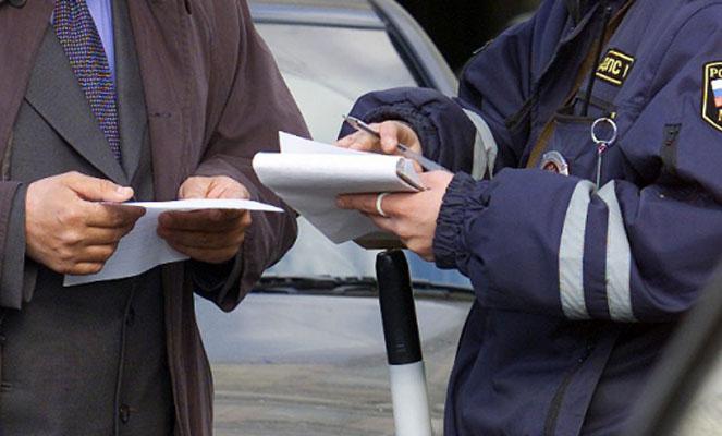 Когда просроченные штрафы передаются в ФССП