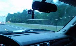 Можно ли пройти техосмотр с трещиной на лобовом стекле в  2019  году