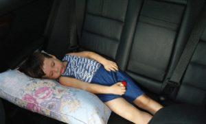 Ребенок без кресла