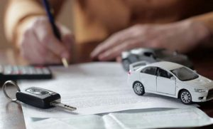 Оформление договора купли-продажи автомобиля в простой форме