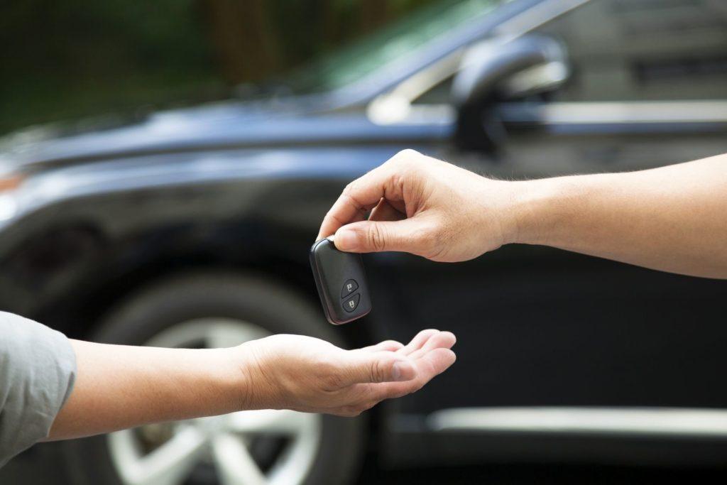 Стоит ли платить налог за угнанную машину